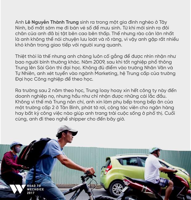 Chàng shipper xe đạp bị khuyết tật giọng nói vẫn chăm đọc sách, học tiếng Anh và làm từ thiện: Nếu không cố gắng, mình sẽ bị lùi lại phía sau - Ảnh 2.