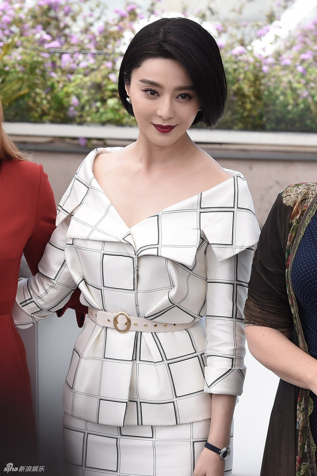 LHP Cannes 2017: Phạm Băng Băng sang chảnh và trẻ trung, đánh bại dàn mỹ nhân Hollywood - Ảnh 2.