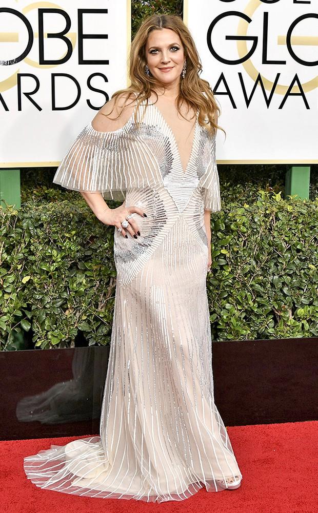 Thảm đỏ Quả Cầu Vàng 2017: Lily Collins đẹp như công chúa, đánh bật dàn Hoa hậu, mỹ nhân Hollywood - Ảnh 19.