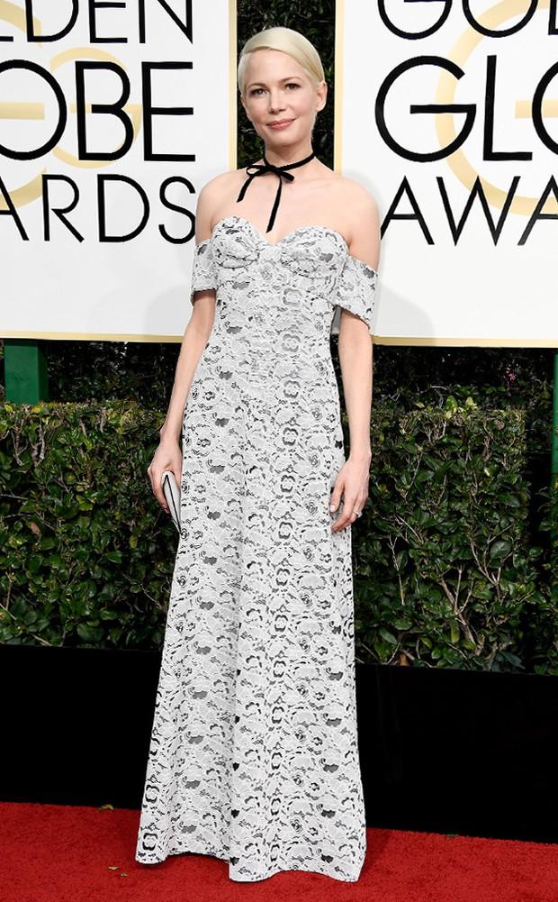 Thảm đỏ Quả Cầu Vàng 2017: Lily Collins đẹp như công chúa, đánh bật dàn Hoa hậu, mỹ nhân Hollywood - Ảnh 20.