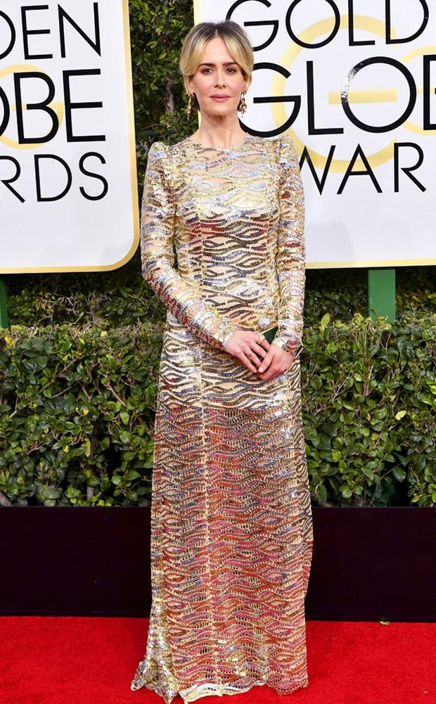 Thảm đỏ Quả Cầu Vàng 2017: Lily Collins đẹp như công chúa, đánh bật dàn Hoa hậu, mỹ nhân Hollywood - Ảnh 32.
