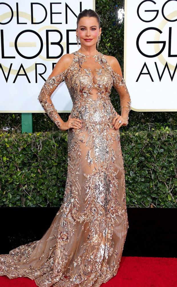 Thảm đỏ Quả Cầu Vàng 2017: Lily Collins đẹp như công chúa, đánh bật dàn Hoa hậu, mỹ nhân Hollywood - Ảnh 28.