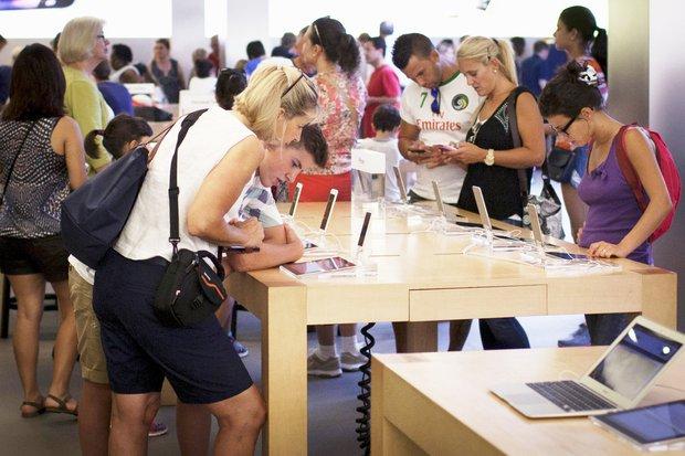 Apple đọc iPhone X là iPhone ten nhưng iFan lại không chịu như thế - Ảnh 2.