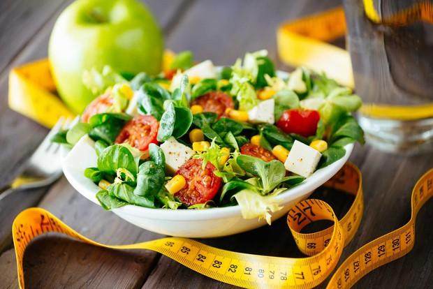 Ăn salad không chỉ đẹp da mà còn chứa nhiều công dụng thần kỳ rất tốt cho sức khỏe - Ảnh 4.