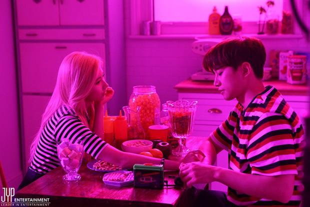 Fan luôn nghi ngờ rằng 6 cặp đôi đình đám này của làng giải trí Hàn đã từng hẹn hò trong quá khứ - Ảnh 10.