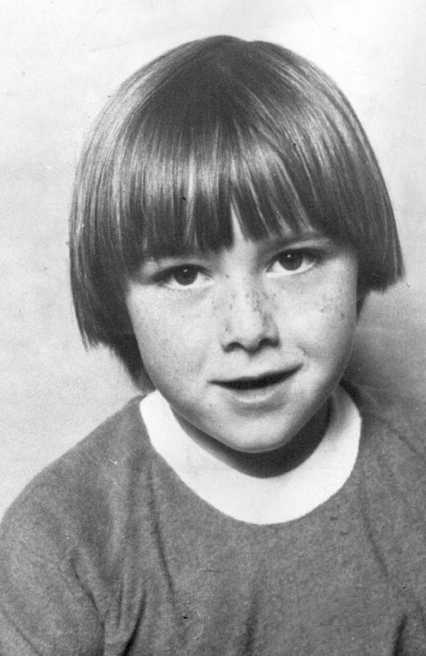 Nhận tội sau 33 năm hãm hiếp và sát hại bé gái 6 tuổi, hung thủ bất ngờ bị bạn tù tấn công dã man - Ảnh 1.
