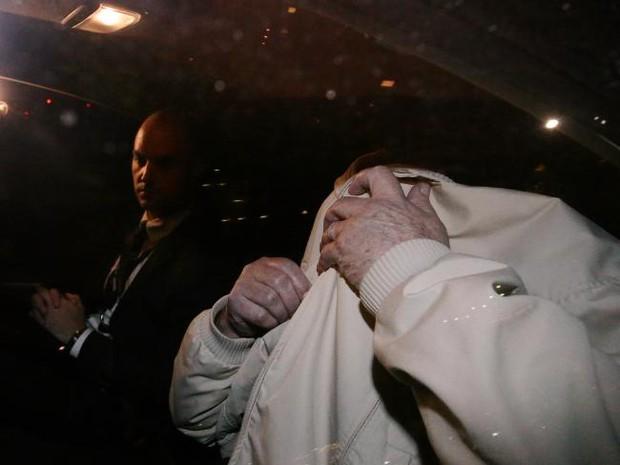 Nhận tội sau 33 năm hãm hiếp và sát hại bé gái 6 tuổi, hung thủ bất ngờ bị bạn tù tấn công dã man - Ảnh 11.