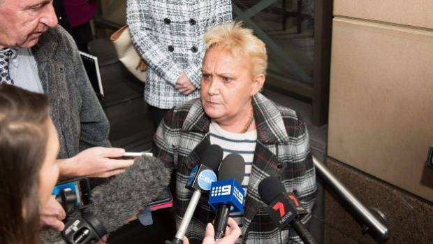 Nhận tội sau 33 năm hãm hiếp và sát hại bé gái 6 tuổi, hung thủ bất ngờ bị bạn tù tấn công dã man - Ảnh 14.