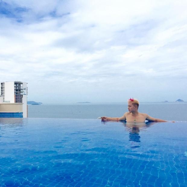 Bạn sẽ mê mẩn 3 hồ bơi tràn bờ biển siêu đẹp và rất gần Sài Gòn này mất! - Ảnh 23.