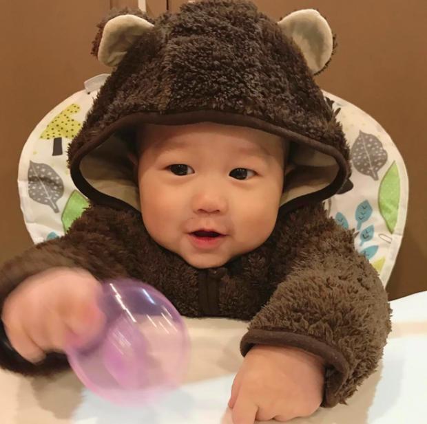Không hoạt động showbiz, tại sao Trang Lou vẫn vượt mặt Châu Bùi, Sun HT trên Instagram? - Ảnh 30.