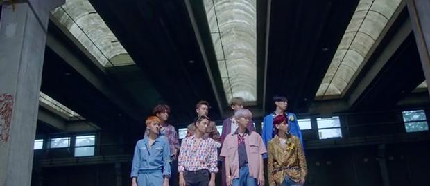 Ko Ko Bop của EXO: nhạc khó nghe, nhưng thời trang MV thì dễ ngấm với toàn hàng hiệu - Ảnh 23.