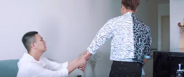 Bầu trời của Khánh tập cuối: Bạn trai ca sĩ bị lộ là đồng tính, Duy Khánh buồn bã tìm đến cái chết  - Ảnh 10.