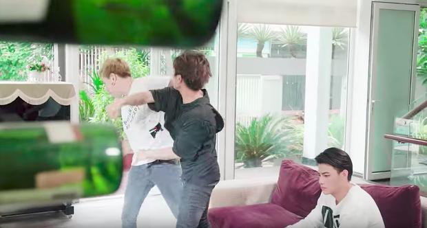 Juun Đăng Dũng đánh Lou Hoàng, Khả Như khiến nhân viên bật khóc tức tưởi vì phải lật mặt showbiz - Ảnh 5.