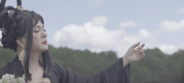 Thiên Ý tập cuối: Trấn Thành cuối cùng đã lộ diện nhưng đối thoại với Hari Won chẳng ăn nhập gì - Ảnh 8.