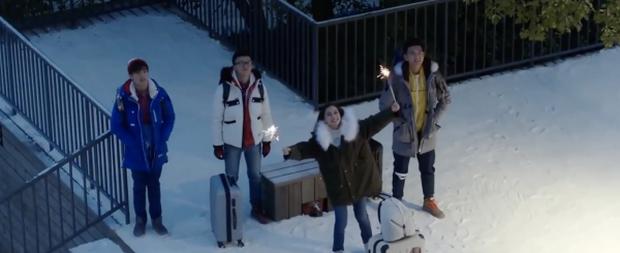 Khoảnh khắc đáng nhớ của 13 cặp đôi màn ảnh Trung dưới trời đông lành lạnh - Ảnh 10.
