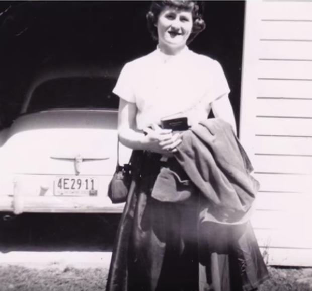 Kỷ niệm 60 năm ngày cưới, con trai khiến bố mẹ lặng người khi tìm lại được một kỷ vật vô giá bị bán từ rất lâu - Ảnh 2.