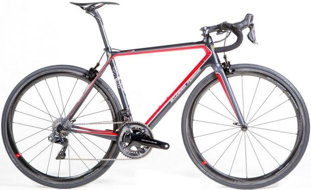 Chán sản xuất siêu xe tốc độ cao, Ferrari cho ra đời xe đạp giá 400 triệu đồng - Ảnh 5.