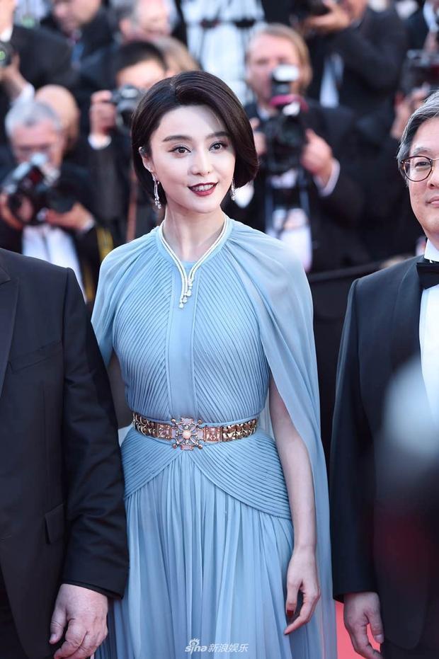 Thảm đỏ LHP Cannes: Phạm Băng Băng lộng lẫy như nữ hoàng, quyết cân dàn mỹ nhân quốc tế - Ảnh 7.