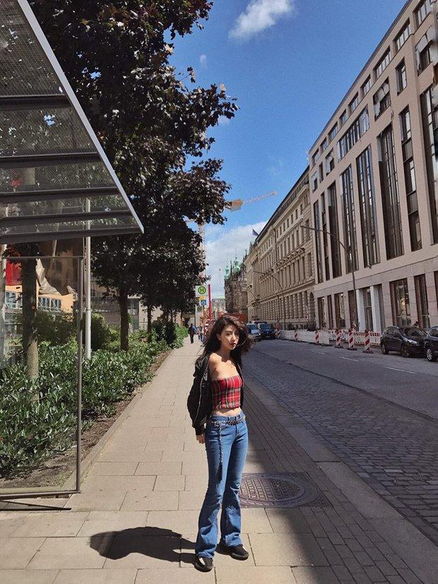 Quỳnh Anh Shyn mang theo 30 bộ đồ và phụ kiện trăm triệu đi du lịch khắp châu Âu - Ảnh 12.