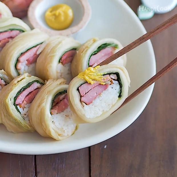 Không cần rong biển vẫn có thể ăn kimbap theo cách này - Ảnh 13.