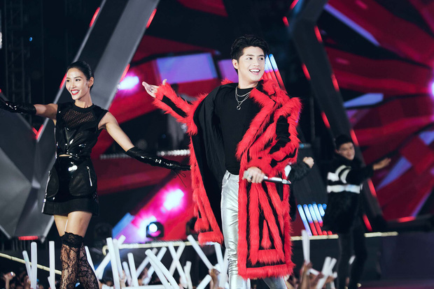 Mỹ Tâm lần đầu remix Đừng hỏi em, Đông Nhi - Noo Phước Thịnh mang loạt hit sôi động lên sân khấu - Ảnh 6.