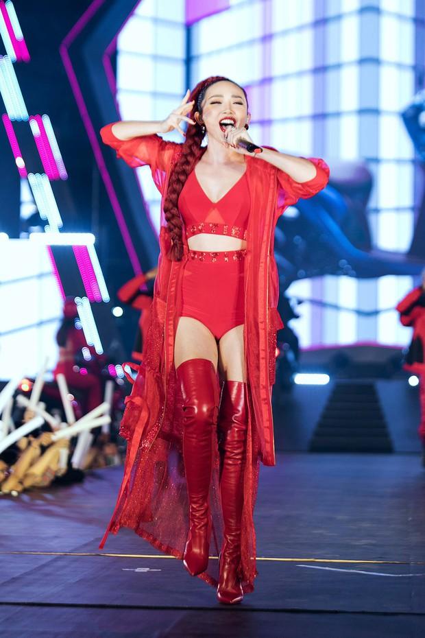 Mỹ Tâm lần đầu remix Đừng hỏi em, Đông Nhi - Noo Phước Thịnh mang loạt hit sôi động lên sân khấu - Ảnh 8.