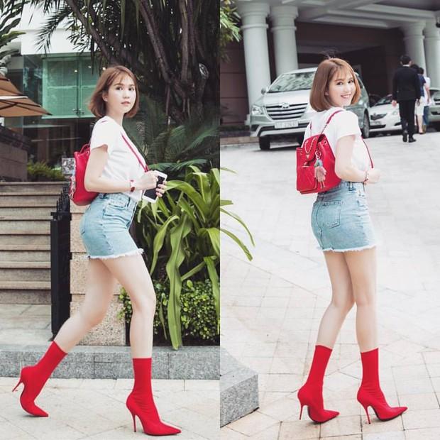 Chọn giày màu chói lọi ra phố, chẳng trách street style của Hà Hồ và Ngọc Trinh nổi nhất tuần - Ảnh 2.