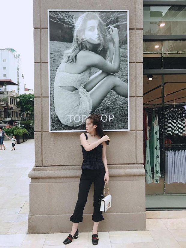 Hà Hồ - Thanh Hằng chỉ diện đồ bình dân cho street style mà đã át hết các đàn em - Ảnh 3.