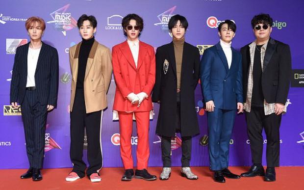 Thảm đỏ MAMA Hồng Kông: Song Joong Ki, Lee Young Ae mê mẩn Wanna One, Song Ji Hyo và em út Red Velvet hở bạo - Ảnh 50.