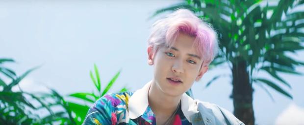 Gigi Hadid, Chan Yeol, Pony và loạt sao nổi tiếng đều nhuộm tóc hồng, còn bạn thì sao? - Ảnh 3.