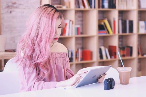Gigi Hadid, Chan Yeol, Pony và loạt sao nổi tiếng đều nhuộm tóc hồng, còn bạn thì sao? - Ảnh 13.