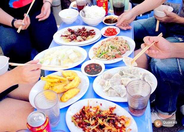 Đi ăn đồ Trung Hoa chỉ với 100k, đố bạn tìm đâu ra quán ăn ngon - bổ - rẻ như thế này ở Hà Nội - Ảnh 2.