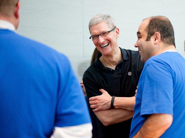 Săm soi một ngày của Tim Cook, người đàn ông quyền lực đứng đằng sau chiếc iPhone X giá nghìn USD - Ảnh 13.