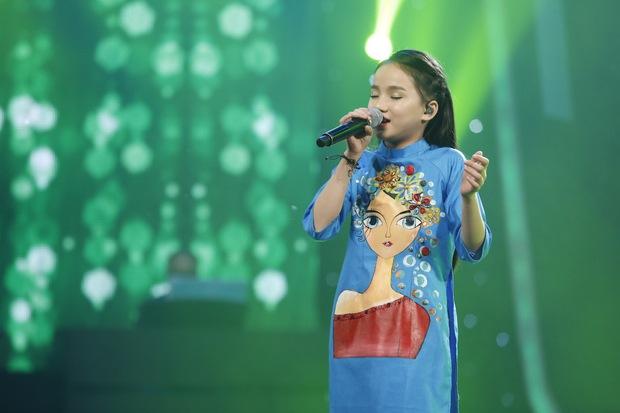 Vietnam Idol Kids: Các giám khảo đồng loạt rơi nước mắt khi cô bé này bị loại - Ảnh 5.
