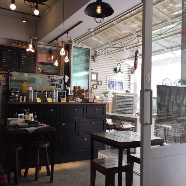 Tới Hàn Quốc, muốn gặp thần tượng không đâu dễ bằng đến chính quán cafe do họ mở! - Ảnh 8.
