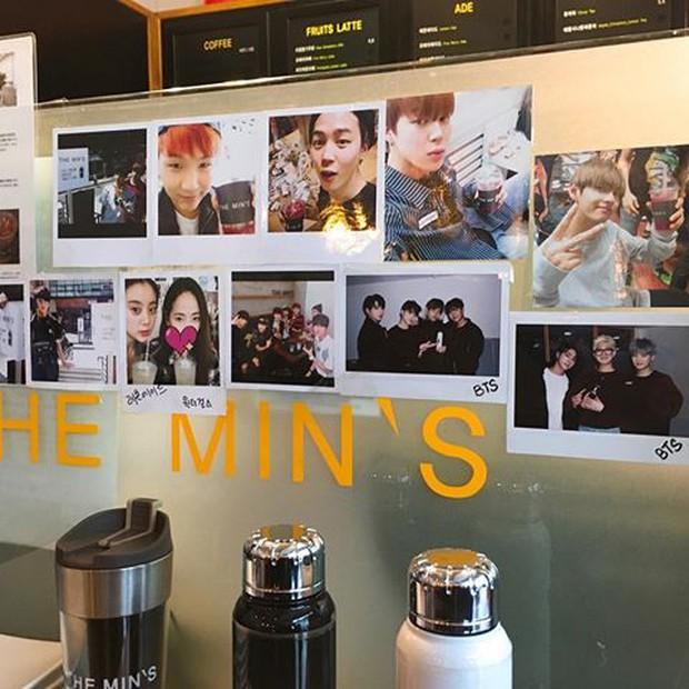 Tới Hàn Quốc, muốn gặp thần tượng không đâu dễ bằng đến chính quán cafe do họ mở! - Ảnh 6.