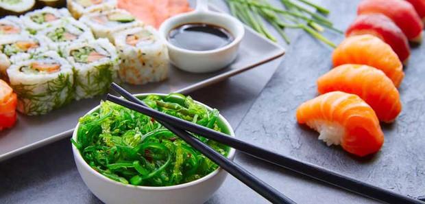 10 quy tắc ăn uống của người Nhật: cần tránh mắc phải kẻo bị coi là mất lịch sự - Ảnh 7.