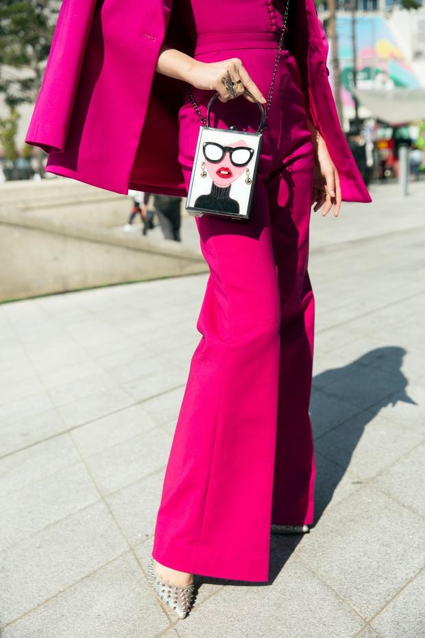 Ninh Dương Lan Ngọc quái đến không nhận ra, Hoa hậu Jolie Nguyễn sexy tại Seoul Fashion Week - Ảnh 10.