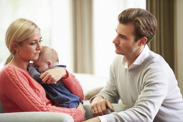 Trầm cảm sau sinh: tình trạng có thể xảy ra cả ở nữ giới lẫn... nam giới và cách nhận biết sớm - Ảnh 3.