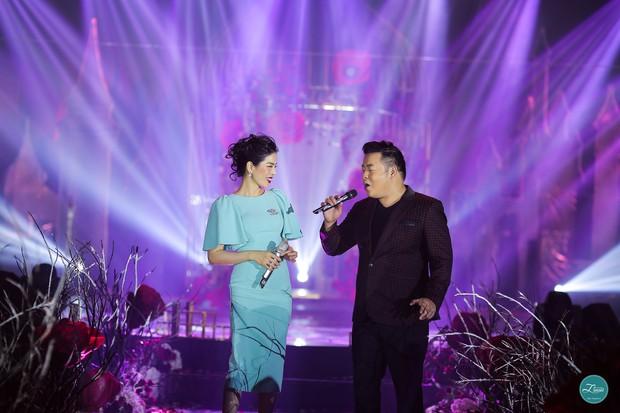 Ở Việt Nam cũng có những siêu đám cưới xa hoa, huy động hàng chục vệ sĩ để bảo vệ dàn khách mời toàn người nổi tiếng - Ảnh 12.