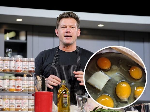 Các đầu bếp nổi tiếng đã làm gì với món trứng để nó ngon hơn hẳn chúng ta nấu? - Ảnh 9.