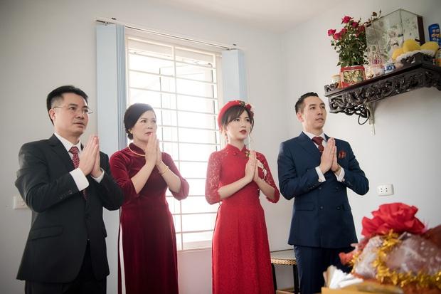 Tú Linh M.U và chồng hạnh phúc đến phát ghen trong lễ ăn hỏi - Ảnh 10.