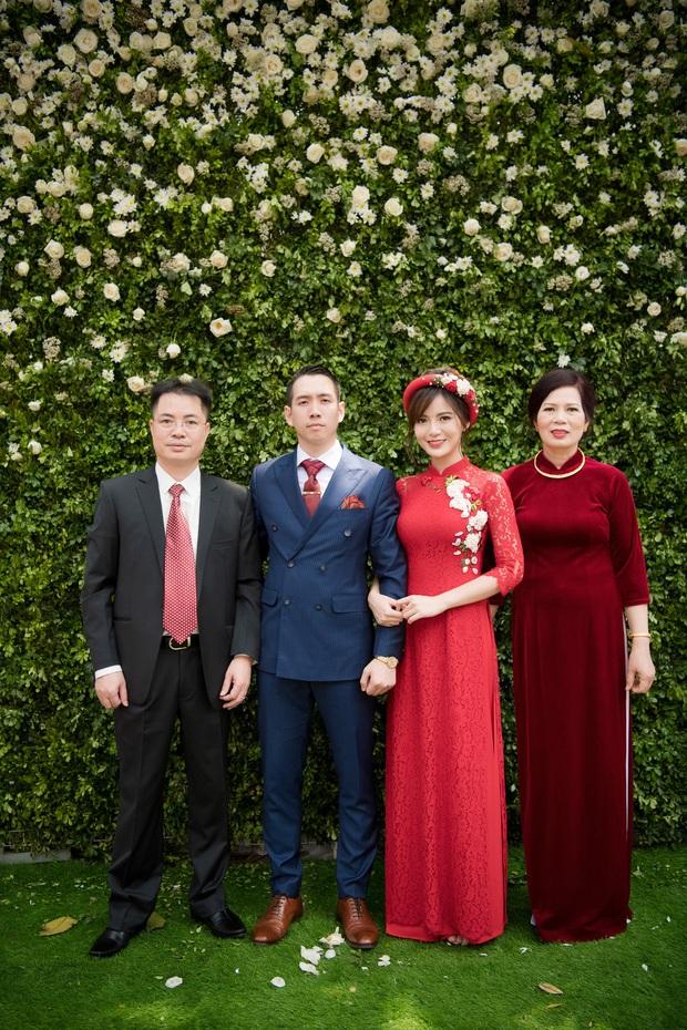 Tú Linh M.U và chồng hạnh phúc đến phát ghen trong lễ ăn hỏi - Ảnh 9.