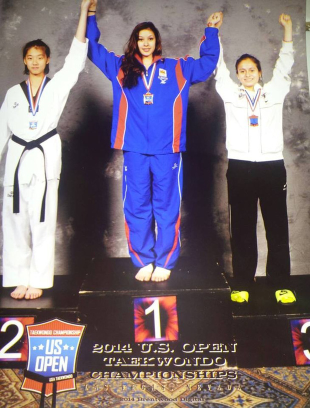 Vẻ đẹp lai của hot girl Taekwondo Campuchia gây sốt tại SEA Games 29 - Ảnh 7.