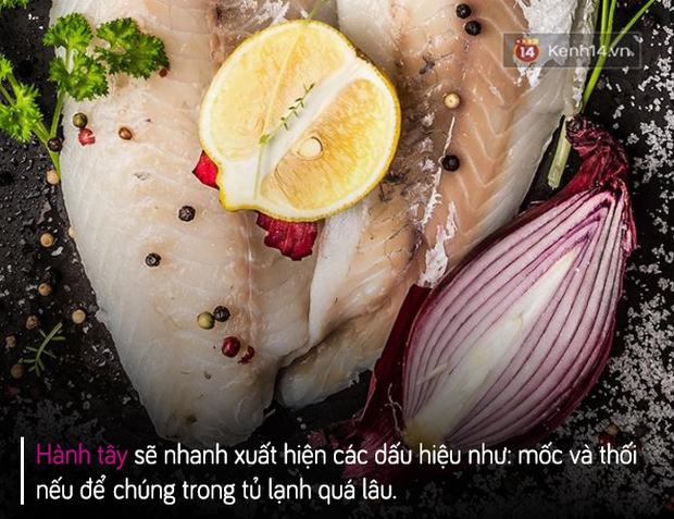 Nguy hại sức khoẻ nghiêm trọng khi để 6 thực phẩm này trong tủ lạnh - Ảnh 2.