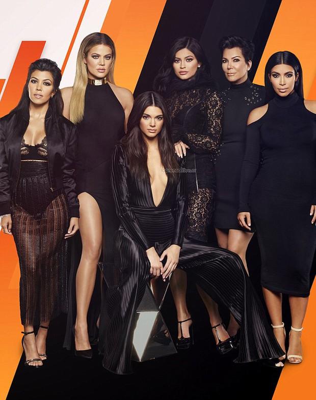Cả gia đình Kardashian bị cấm bén mảng tới lễ trao giải Oscar? - Ảnh 1.