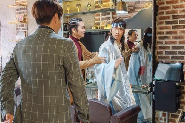 Thiên Ý tập 3: BB Trần lợi dụng sờ... mông người yêu Hari Won - Ảnh 7.