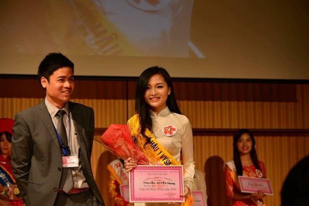 Chân dung 9x xinh đẹp vừa được nhận bằng khen của ĐSQ Việt Nam tại Nhật - Ảnh 12.