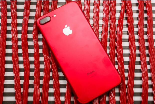 iPhone 7/7 Plus ĐỎ RỰC sẽ về Việt Nam sớm, màu đỏ chứng tỏ giá cao - Ảnh 1.