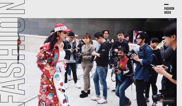 Từng là thứ rất xa vời nhưng suốt năm 2017, các Tuần lễ thời trang lại là sự kiện được giới trẻ Việt đặc biệt quan tâm - Ảnh 1.
